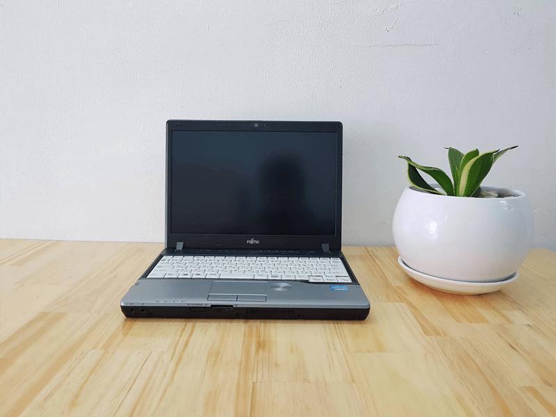 Laptop Fujitsu LIFEBOOK P772 G core i5 SSD 120G 6