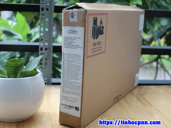 Laptop HP 15 da0054TU i3 7020U ram 4Gb HDD 500gb laptop van phong gia re tphcm