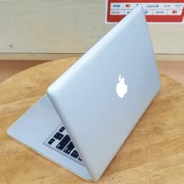 Macbook Pro 2012 13 inch core i5 ram 8GB SSD 240GB macbook cu gia re hcm 1